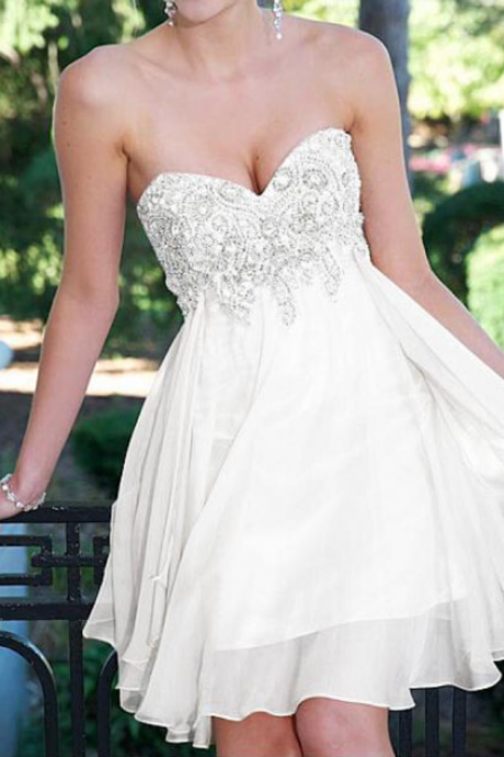 Custom Made White Sweetheart Neckline Chiffon A-Line Homecoming Dress with Crystal Beading