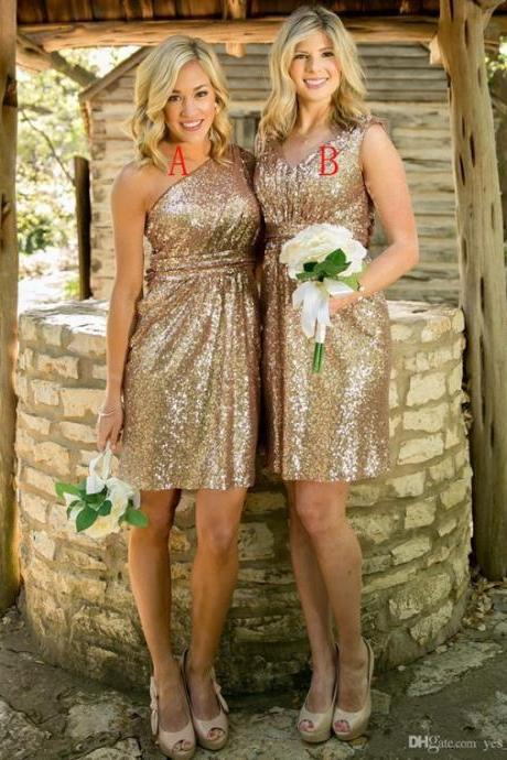 Charming Sheath One Shoulder Short Gold Sequines Bridesmaid Dresses with Pleats