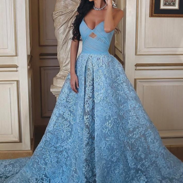 Light Sky Blue Lace Prom Dresses Long Backless Sweetheart Formal Evening Gowns Sweep Train Party Dress